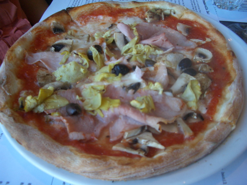 Capricciosa pizza