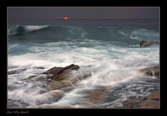 La Nina Sunrise 6 (l plater) Tags: seascape sunrise landscape dawn rocks waves sydney australia northernbeaches fpc blueribbonwinner deewhybeach weatherphotography abigfave avision platinumphoto betterthangood goldstaraward lplater