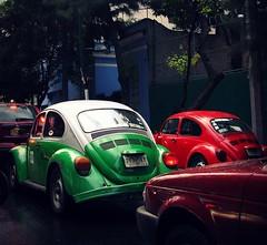 Bochos (gonzalo_ar) Tags: auto street verde cars car mexico rojo df taxi beatle escarabajo poncho distritofederal bochos