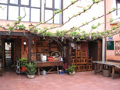 """Albergue Courtyard • <a style=""""font-size:0.8em;"""" href=""""http://www.flickr.com/photos/48277923@N00/2622124881/"""" target=""""_blank"""">View on Flickr</a>"""