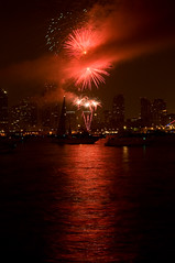Big Bay Fireworks in San Diego #2 (rob.walstrom) Tags: sandiego fireworks harborisland d300 18200mmf3556 bigbayfireworks