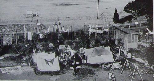 tent mura