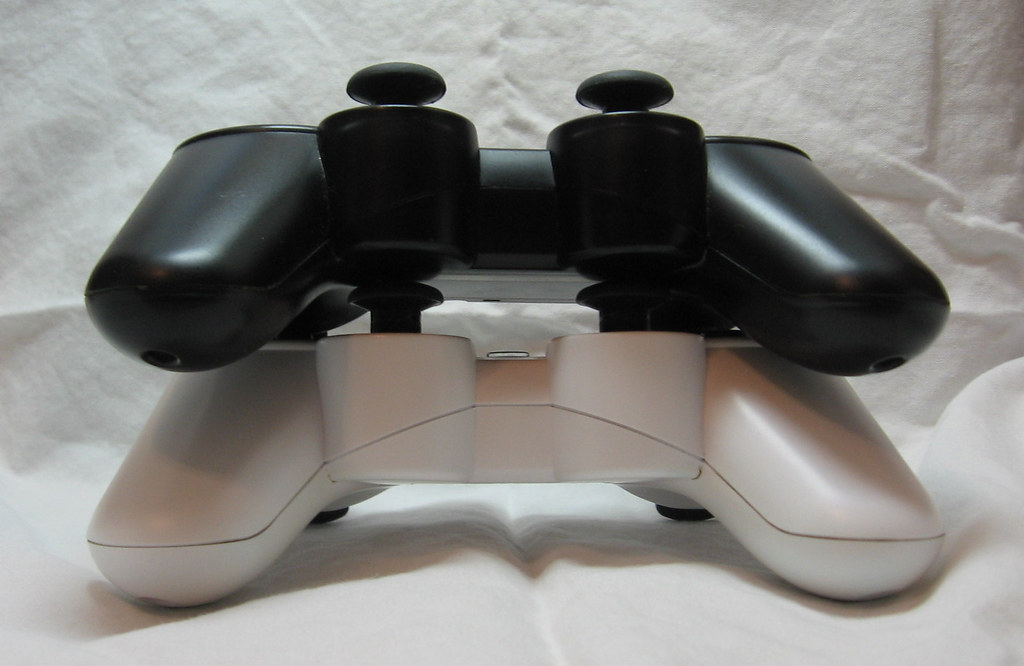 PS3 Dualshock 3 Sixaxis Controllers
