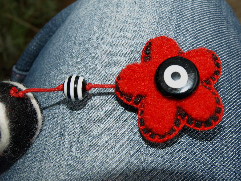 Liquorice Mix necklace  felt flower bead necklace