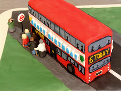 back of a bus (Yersinia) Tags: red bus london public cake nowhere birthdaycake safe doubledeckerbus doubledecker londonbus faved londonset cakefun ccnc photographical yersinia guessnot funkakes fujifilmfinepixs9600 cakesset