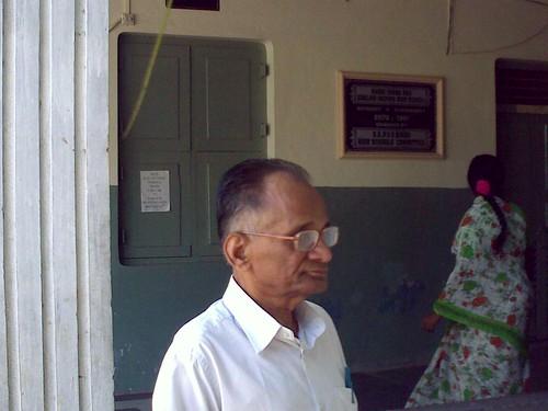 SKPVV Hindu High School Vijayawada (My dad in front of his old classroom)