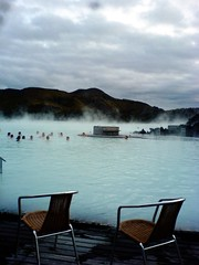 (t3mujin) Tags: k750 ísland iceland bluelagoon water thermal chair steam people leisure travel fav10