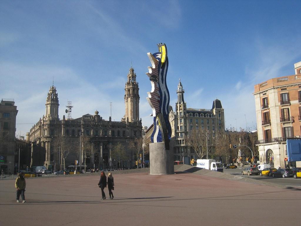 Sculpture by Roy Lichtenstein.