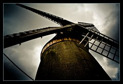 365 Project (#11) (..:CMYK:..) Tags: windmill canon 350d moody photos explore wirral merseyside bidston bidstonhill bidstonwindmill photosexplore