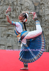 Bharatanatyam - bharata natyam -classical traditional indian dances   traditional (Bharatanatyam dance in Chennai - Bharata natyam Bh) Tags: costumes music history dance dancers indian traditional dancer classical songs mahabalipuram classes mudras bharatanatyam dances natyam mammalapuram arangetram bharata