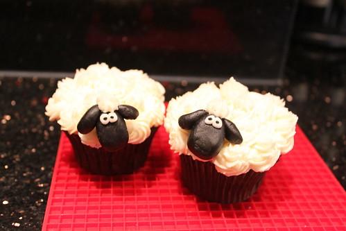 Sheep Cupcakes Tel.30227348