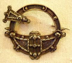"""Tara"" brooch 19th c copy (Kotomi_) Tags: irish museum birmingham antique brooch victorian jewelry jewellery celtic period birminghammuseum tarabrooch"