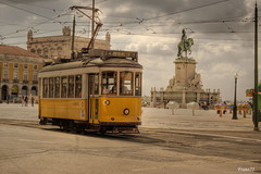 Ajuda (franz75) Tags: portugal electric d50 nikon lisboa lisbon tram number pracadocommercio 18 carris hdr linea numero lisbona portogallo elettrico linea18