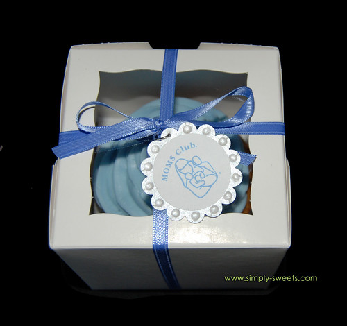 Blue and silver flower jumbo cupcake favors in box MOMS club logo