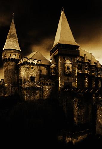 castelul-corvinestilor