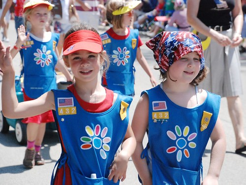 Glenview Fourth of July Parade: Girl Scouts