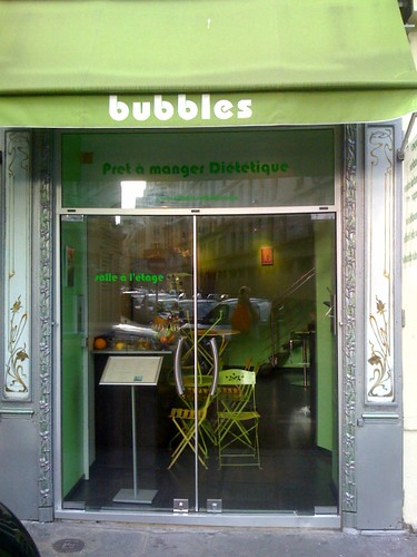 Bubbles diet bar in Paris