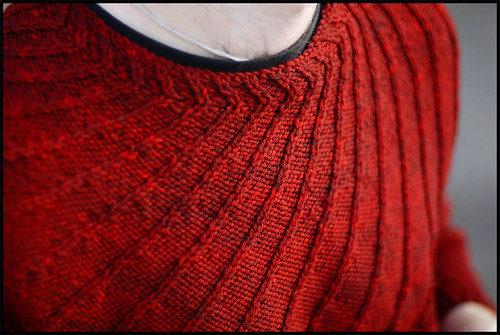 Spiral Yoke Pullover (by b r o o k l y n t w e e d)