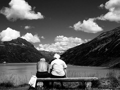 love in the afternoon (HanaS.) Tags: old fab people bw woman white man black bench austria break bodylanguage bank gratefuldead silvretta mu rakousko supershot ena lavika blackwhitephotos abigfave favemegroup5 favemegroup6 pestvka flickrlovers grouptripod