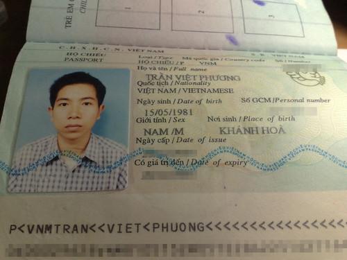 11082008523 by Tran Viet Phuong.
