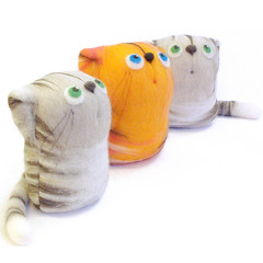 Cats - felt art toys (fingtoys) Tags: felted cat toy ginger kitten handmade tabby gray felt arttoy fing fingtoys