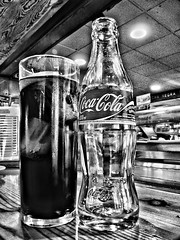 I invite you/Te invito (hiskinho) Tags: wood bw glass bar table madera cola restaurante coke bn cocacola barra cristal carta hdr mesa vaso cafetera aperitivo invitacion refresco manjar racion dynamicphotohdr flechanegra iinviteyou teinvito