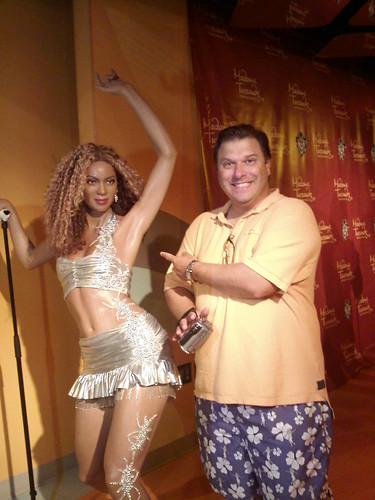 King Thing with Beyonce at Madame Tussauds in DC