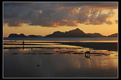 Puesta de sol en Palawan, Filipinas... ([cation] (totally off...)) Tags: voyage travel viaje sunset nikon southeastasia philippines puestadesol filipinas coucherdesoleil palawan d300 cation p1f1 favemegroup6