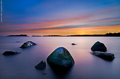 Rocks at Uutela (Rob Orthen) Tags: longexposure sunset sea sky rock suomi finland landscape helsinki nikon rocks europe sundown scenic rob tokina explore nd scandinavia talvi meri hdr maisema vesi pinta d300 uutela 1116 orthen roborthenphotography tokina1116 tokina1116mm28 seafinland