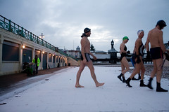 cold feet (lomokev) Tags: morning portrait people snow man male beach sport canon eos pier brighton leo hardcore 5d swimmers canoneos brightonpier palacepier swimmingclub canoneos5d brightonswimmingclub snowyswim yswim snowyswim2009 file:name=mg2799