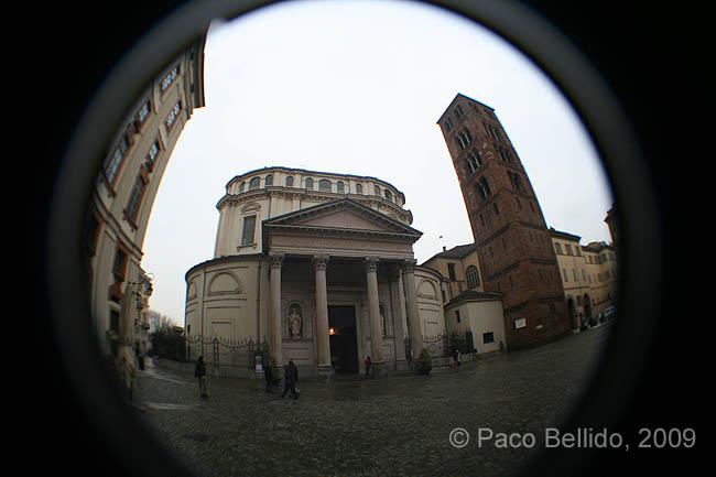 Santuario della Consolata. © Paco Bellido, 2009