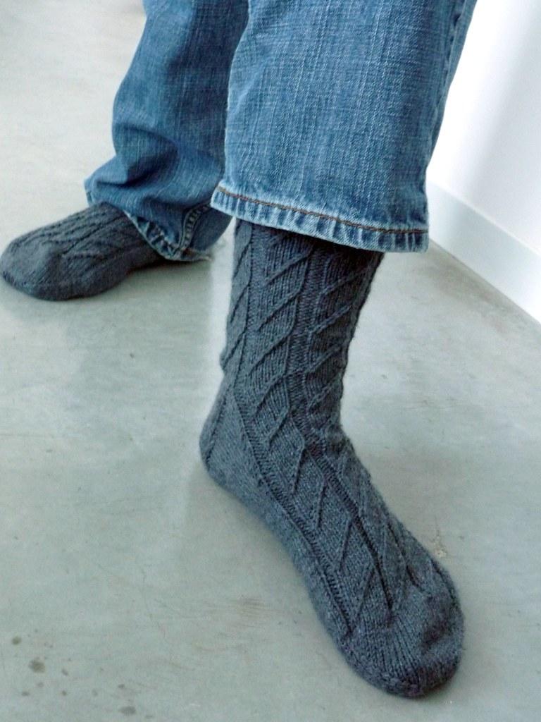 Twined Rib Socks