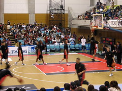 Osaka Evessa Warmups - Osaka, Japan (glazaro) Tags: city basketball japan japanese asia stadium arena dome  osaka sendai kansai kadoma namihaya bjleague evessa 89ers