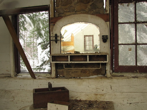 Cabin in the Snow: Inside