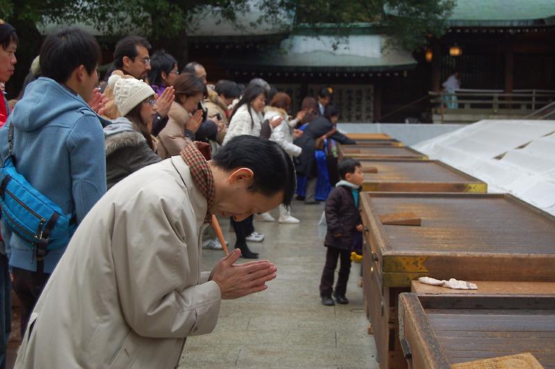 _praying_Coming-of-Age_Day-3_