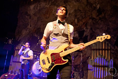 Panic! At the Disco (Jing Qu) Tags: chicago concert livemusic band june8 dallonweekes panicatthedisco brendonurie iancrawford spencersmith riveriatheatre