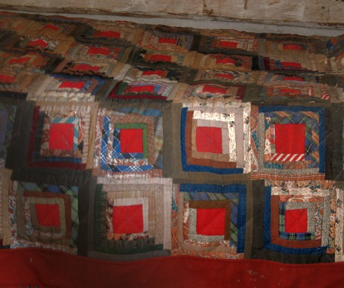 Cashmere Museum Quilt in Cabin