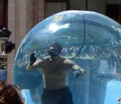 (ego technique.) Tags: nyc newyorkcity ny newyork water aquarium manhattan crowd newyorker performer liveperformance lincolncenter stunt davidblaine magician newyorkers streetmagic stuntperformer drownedalive closeupmagic