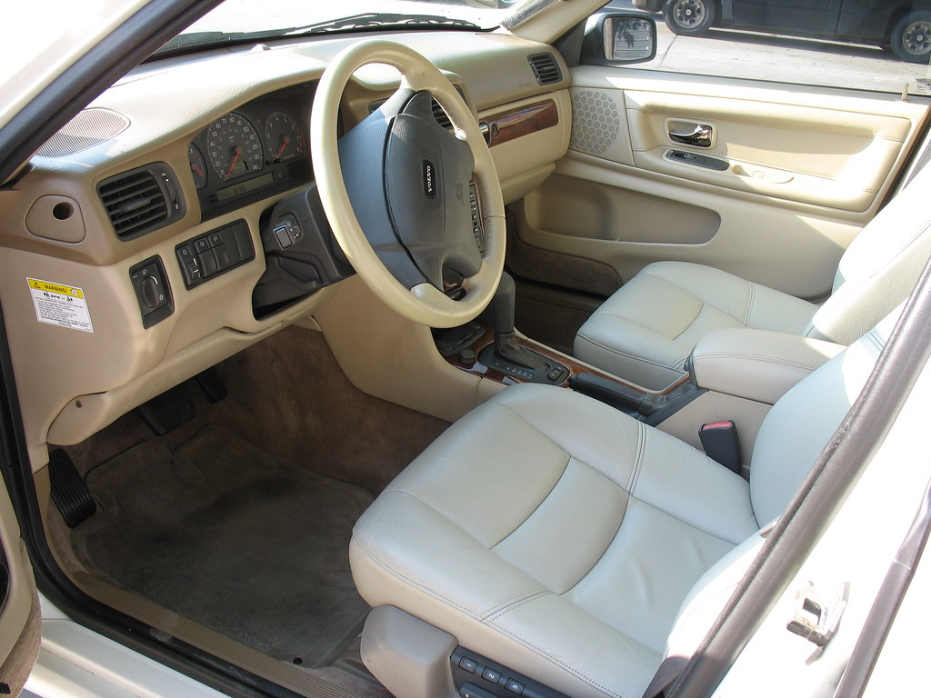Interior Photos of Model differences ?
