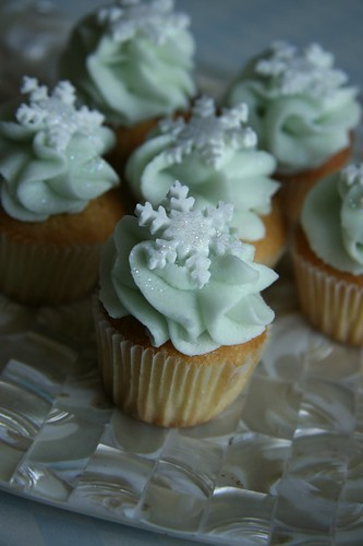 Sugadeaux winter wonderland minis by Sugadeaux Cupcakes.