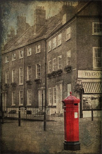Red Pillar Box