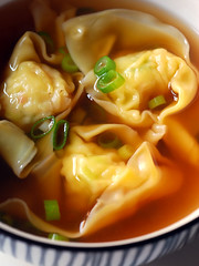 prawn dumpling soup© by Haalo