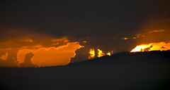 Amanecer de fuego (jtsoft) Tags: sunrise landscape asturias olympus frommywindow e510 zd50200mm jtsoftorg