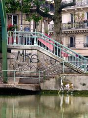 chevreuil9_05 (Le Chevreuil) Tags: urban streetart paris france collage french stencil papier chevreuil pochoir lechevreuil