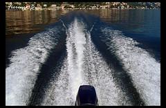 Addio.. (Fiorenzo B.) Tags: como water lago boat barca spuma acqua addio lagodicomo schiuma manzoni scia motore motoscafo scie alessandromanzoni promessisposi mywinners
