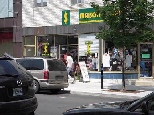 Montreal dollar store