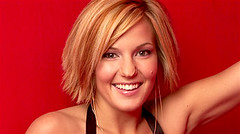 Katie Webber's headshot from American Idol season 3.
