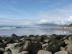 Beachcombers (capnmikesphotos) Tags: mountain mountains beach oregon rocks waves tanya tide wave bridget oregoncoast robbie beachcombers capnmikesphotos