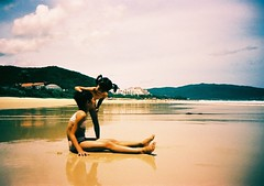 Deux Amies (saviorjosh) Tags: china sea beach reflections lomo lca xpro paradise fuji 2008 sanya hainan summerholiday rvp velvia100f