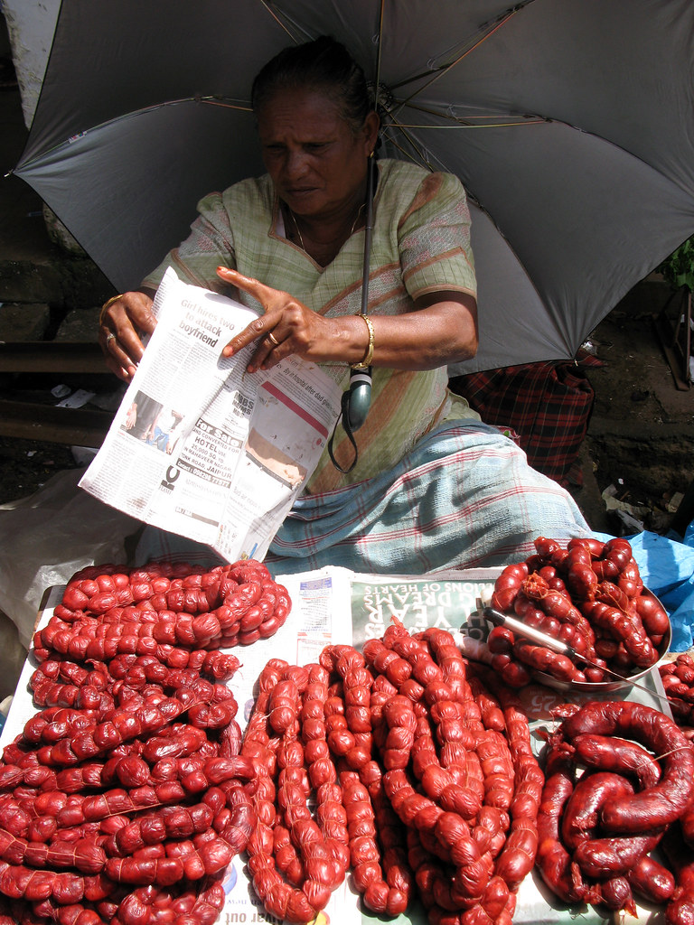 mapusa bazaar selling pork sausages04